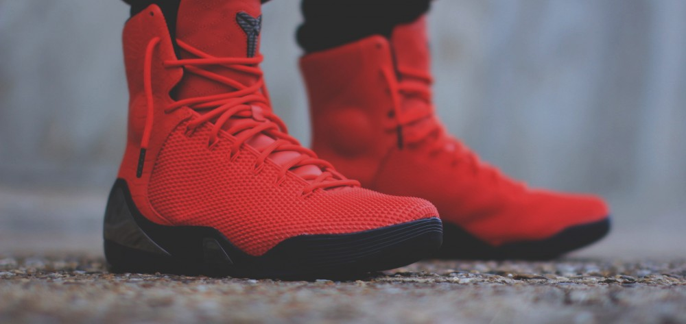 nike-kobe-9-ext-red-snakeskin-october-release-date-on-feet
