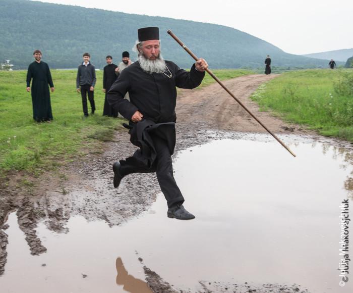 Настоящая жизнь православных попов