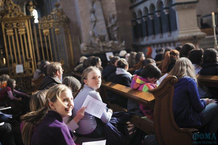 Немецкие школьники обязательно изучают религию. Зачем?