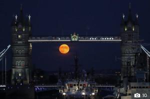 Harvest Moon_London.jpg