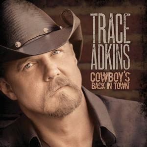 Trace-Adkins-2010-300-01