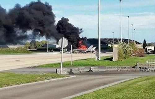 F-16 Belgium fire.jpg