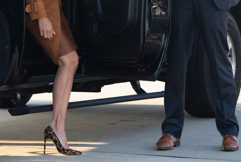 first-lady-melania-trump-gets-out-of-her-suv-as-she-walks-news-photo-1044311490-1539050794.jpg