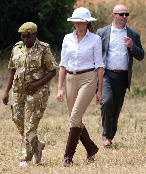 first-lady-melania-trump-talks-with-nelly-palmeris-park-news-photo-1047091640-1539100572.jpg