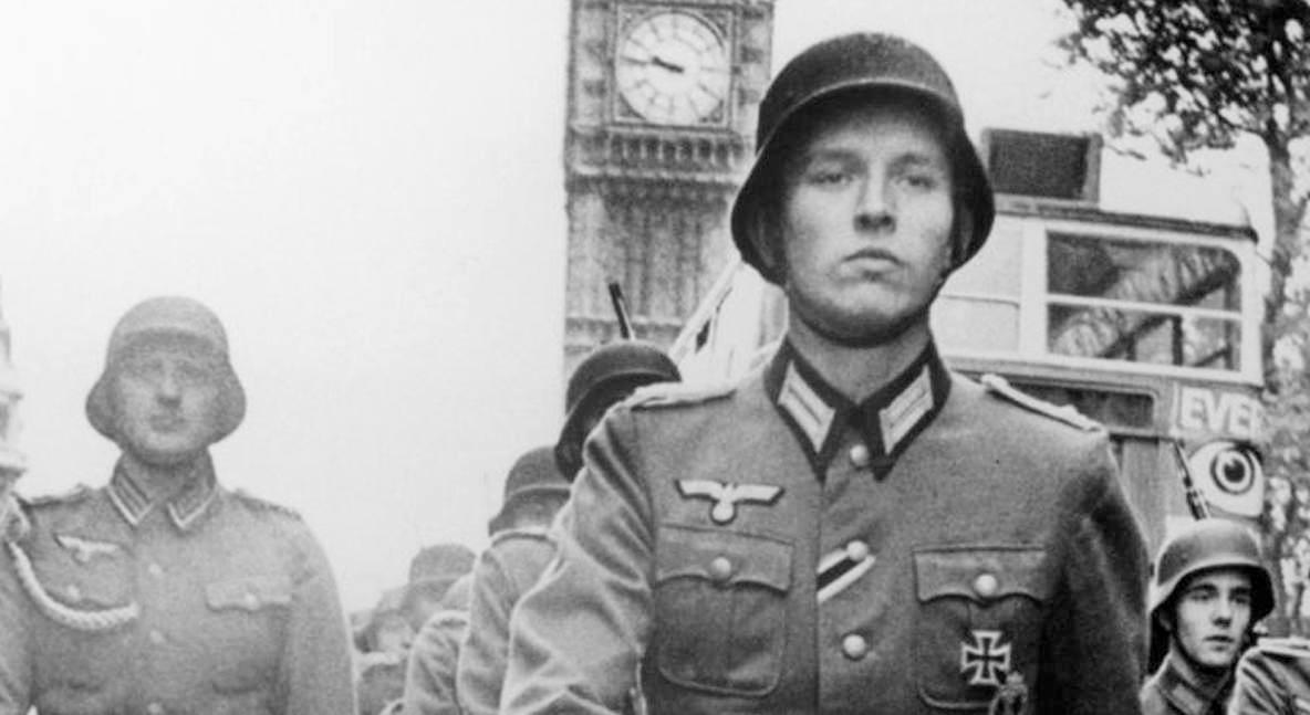 Что было бы, если бы СССР проиграл Великую Отечественную? Как заявляют фанатичные любители немецкого орднунга, в этом случае Германия стала бы непобедима, завоевала бы весь мир, вышла бы первой в космос… Вот только такая оценка не выдерживает критики. WARHEAD.SU подробно разобрал пять излюбленных тезисов рейхофилов.