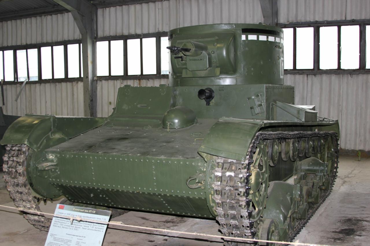 """Последний из могикан - ТТ-26 в коллекции парка """"Патриот"""". Долгое время считался обычным ХТ-26, но в итоге все же выяснилось, что в зените своей карьеры этот огнеметный танк был роботом."""