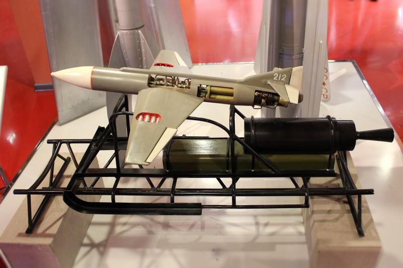 Макет ракеты 212 в музее.