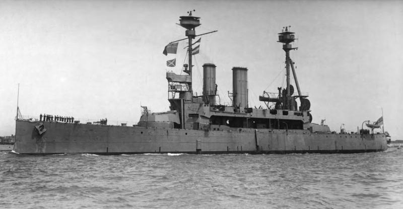 Радиоуправляемые игрушки для моряков: Британский флот