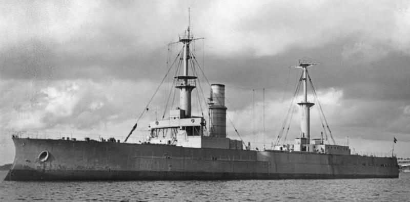 Радиоуправляемые игрушки для моряков, часть V: флот Германии, СССР, Италии и Японии