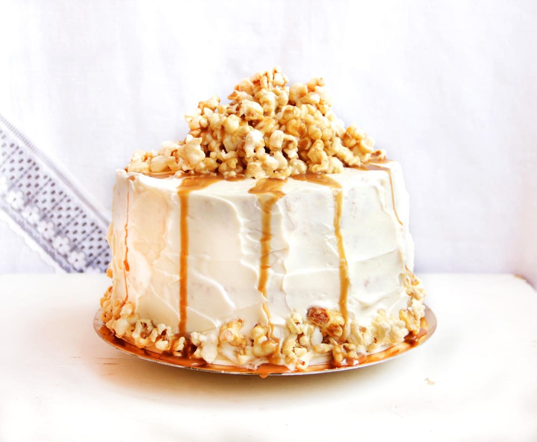 Popcorn cake1