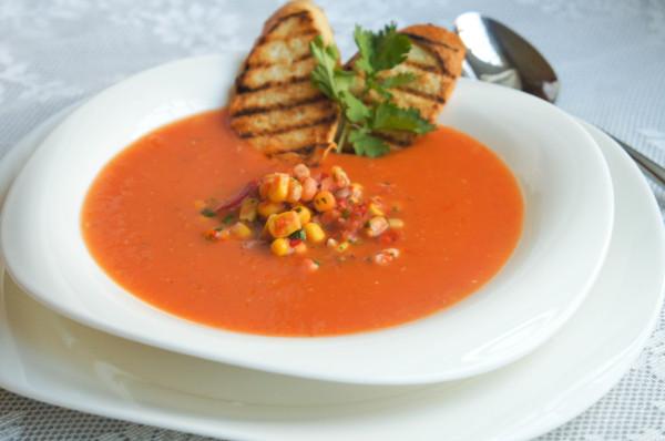 Горячий томатный суп с кукурузной сальсой_1