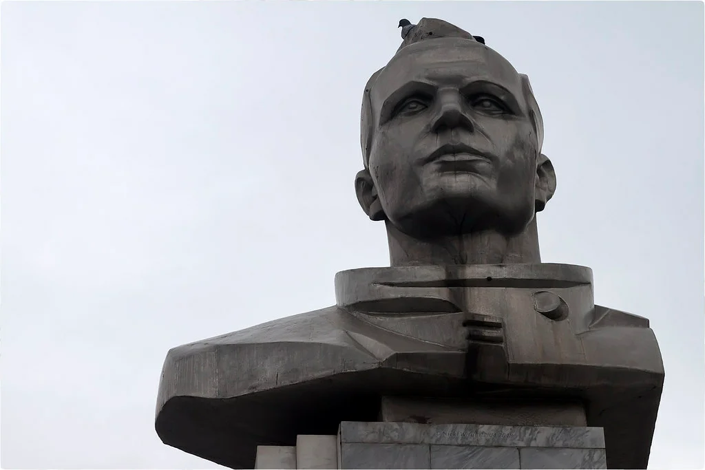 1. Бюст Юрия Гагарина — «Фото.дзен - NickFW.ru»