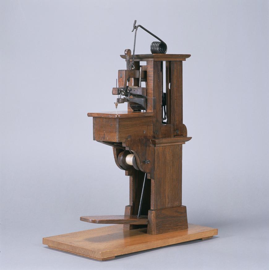 Швейная машинка Бартелеми Тимонье