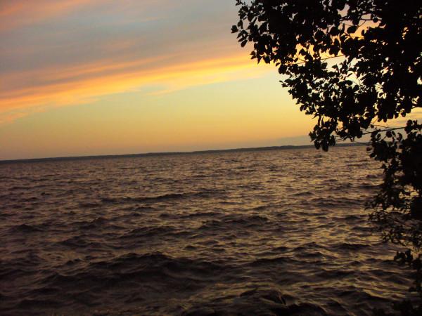 Вид озера Отрадное от Научной станции Отрадное