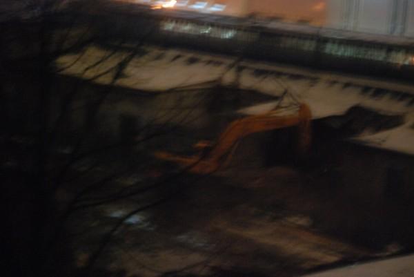 Снос лицевого корпуса по Ставропольской 11.02.2014 1