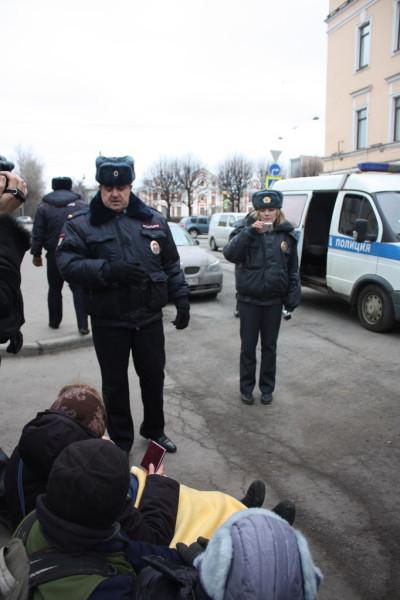 22 февраля на Ставропольской ул у Аракчеевских казарм (2)