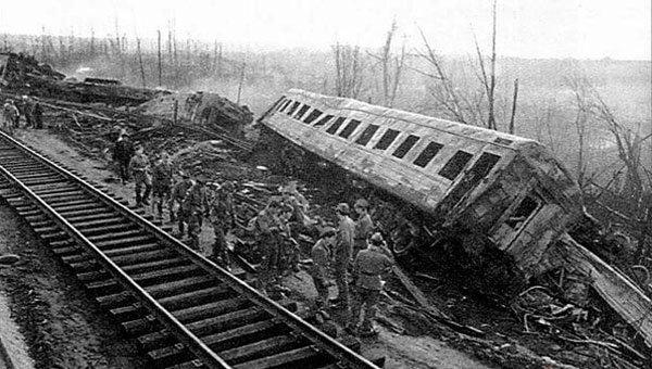 Солдаты на месте катастрофы