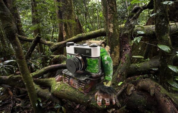 Лесная жизнь старого фотоаппарата