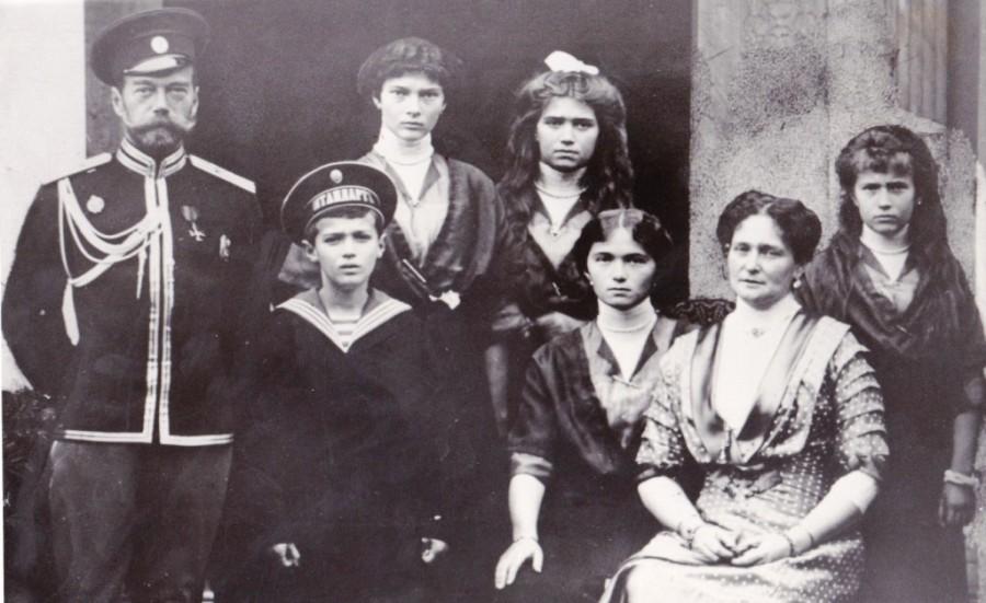Цесаревич Алексей  вся семья Романовых