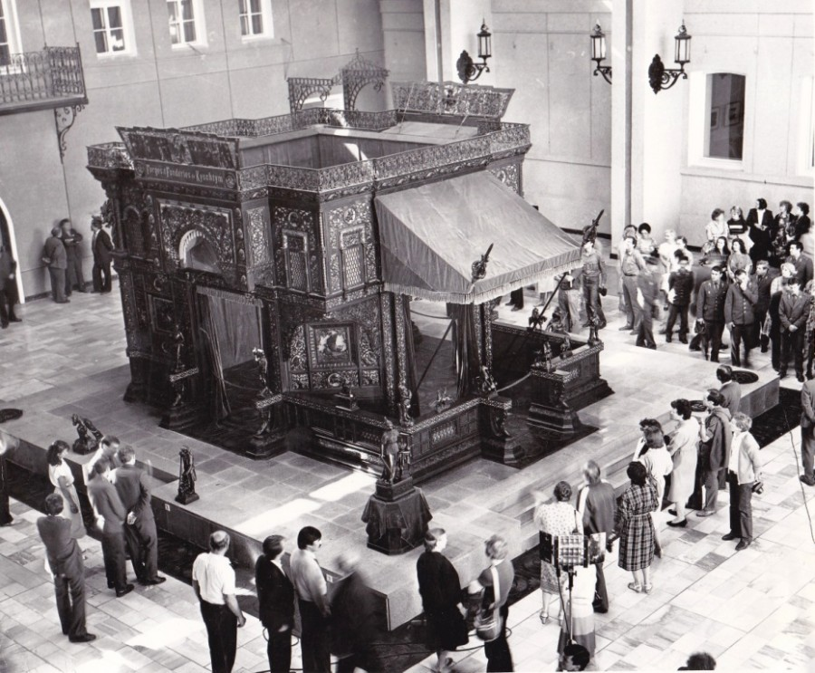 Каслинский чугунный павильон, 1986 год