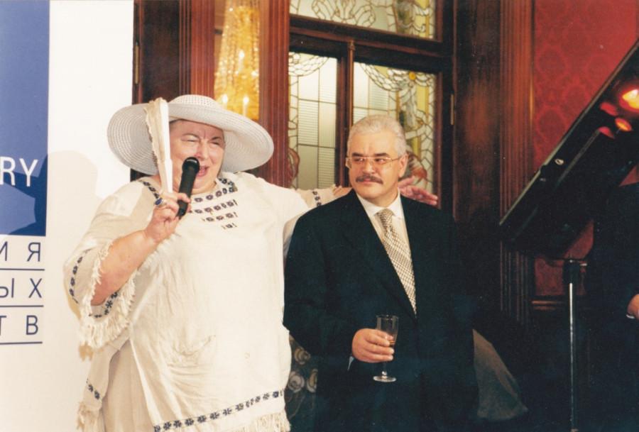 С писательницей и телеведущей Лидией Ивановой
