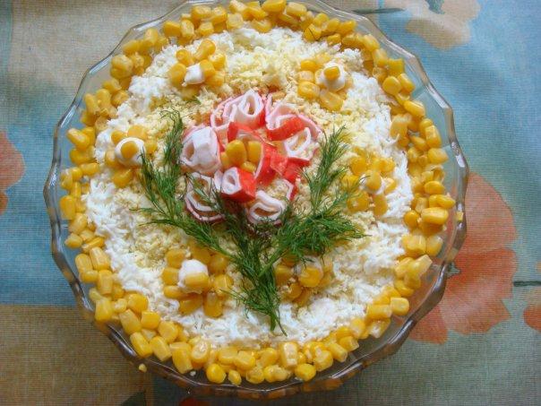 Украсить салат крабовый с