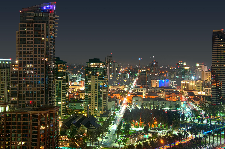 San_Diego_night_view-lj