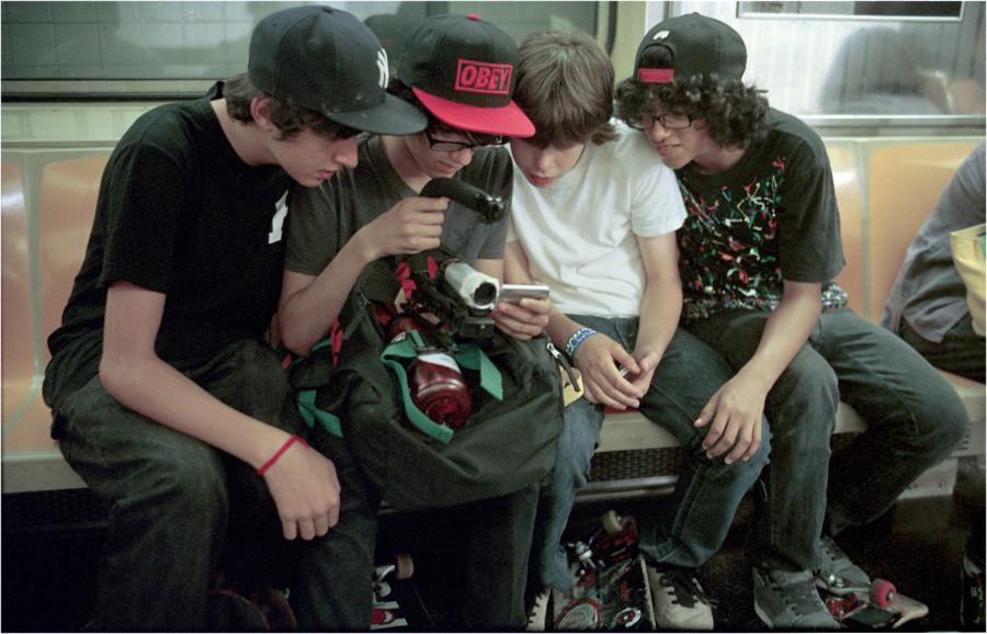 sub-4-skateboarders-2012-copy