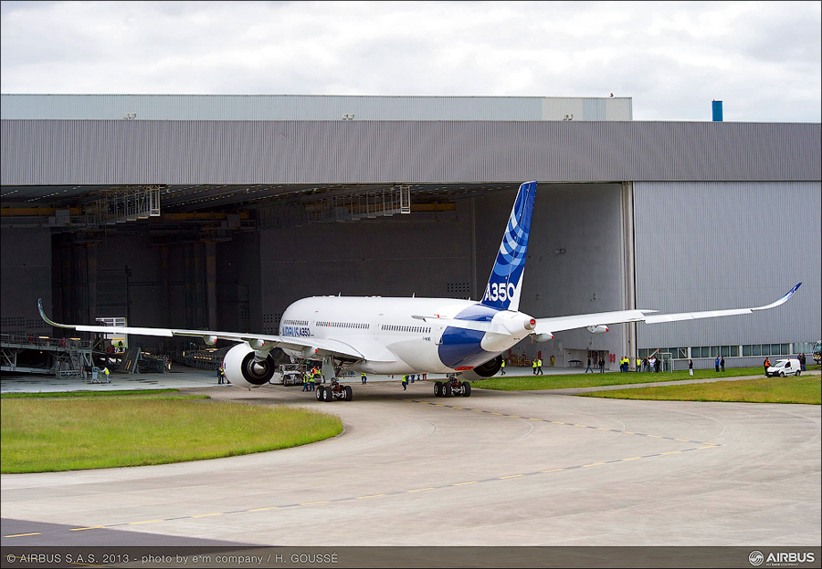 A350_XWB_out_of_paint_shop_2