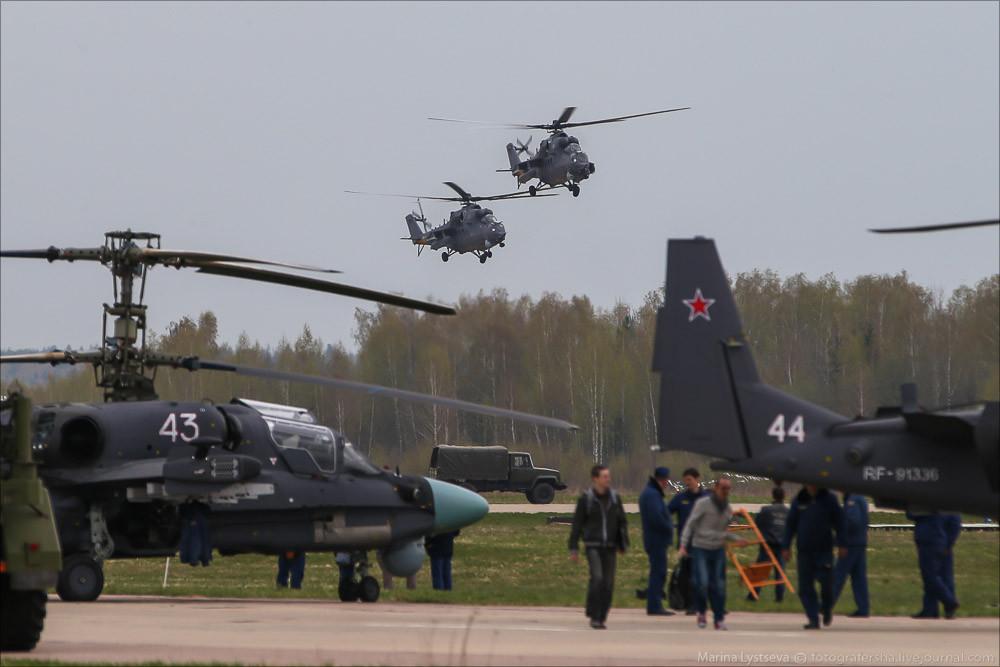 El desfile militar en la Plaza Roja de Moscú celebra la victoria sobre el nazismo 2110578_1000