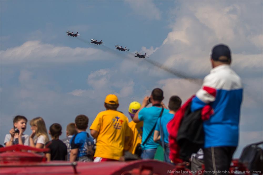"""Escuadrilla acrobatica """"Caballeros Rusos"""" 2160867_original"""