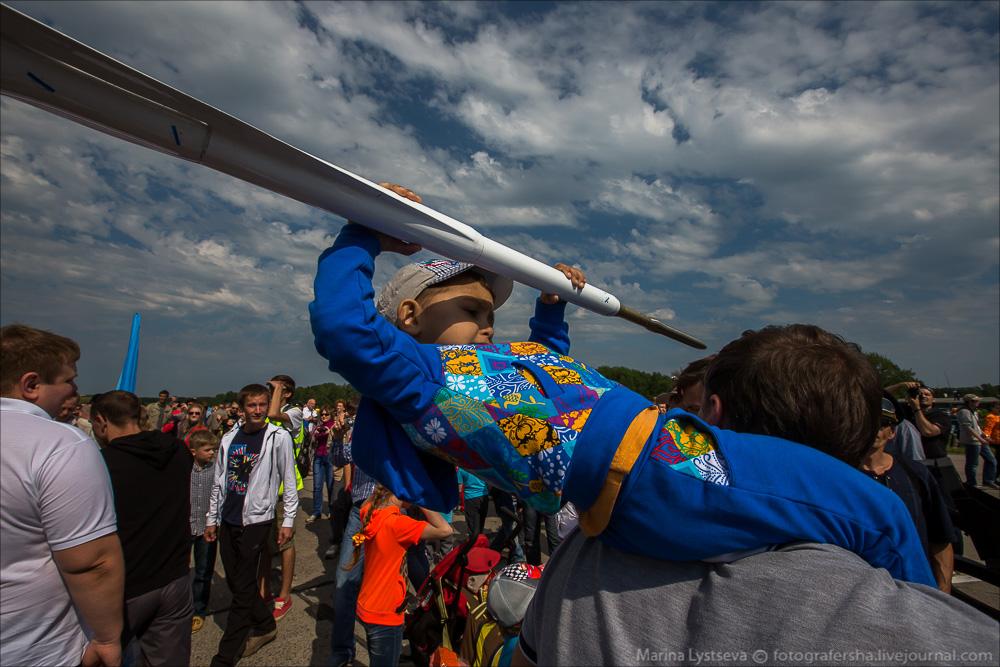 """Escuadrilla acrobatica """"Caballeros Rusos"""" 2164032_original"""