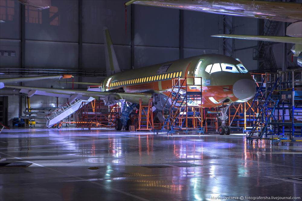 SSJ100 100 16