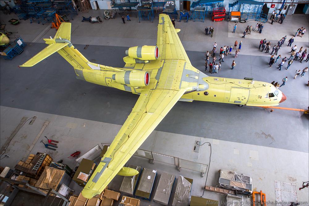 Сегодня впервые показали первый модернизированный Бе-200ЧС Be200 03