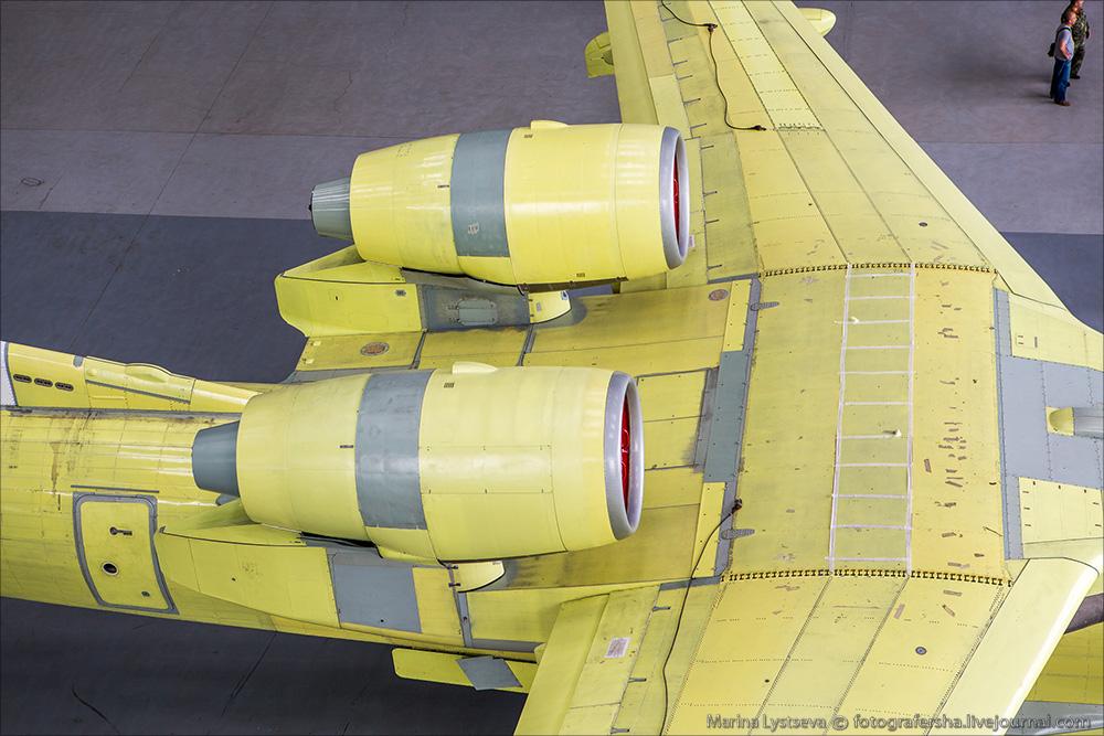 Сегодня впервые показали первый модернизированный Бе-200ЧС Be200 16