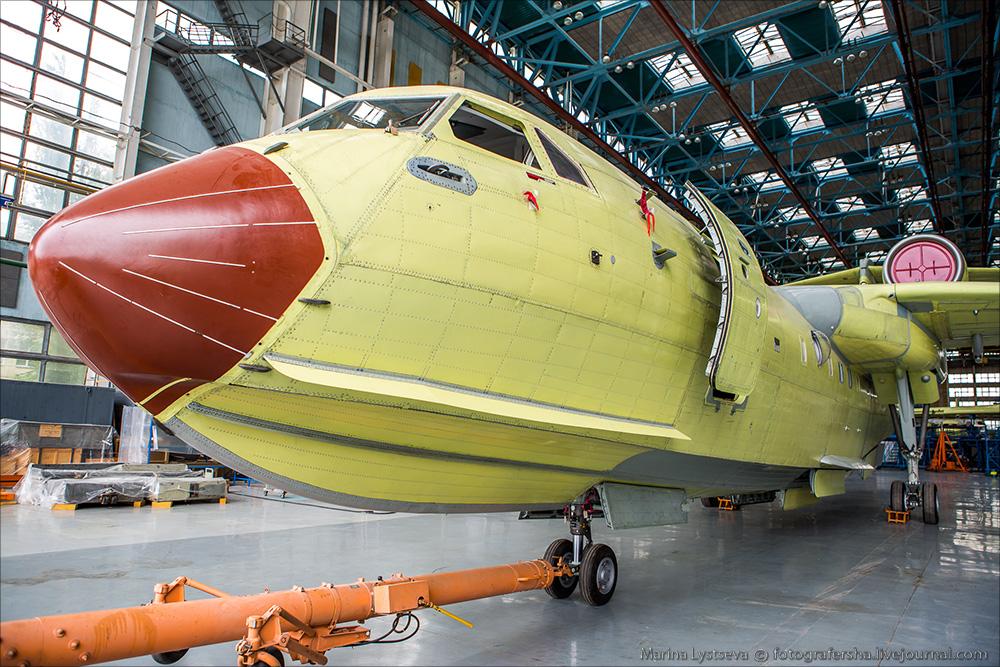 Сегодня впервые показали первый модернизированный Бе-200ЧС Be200 18