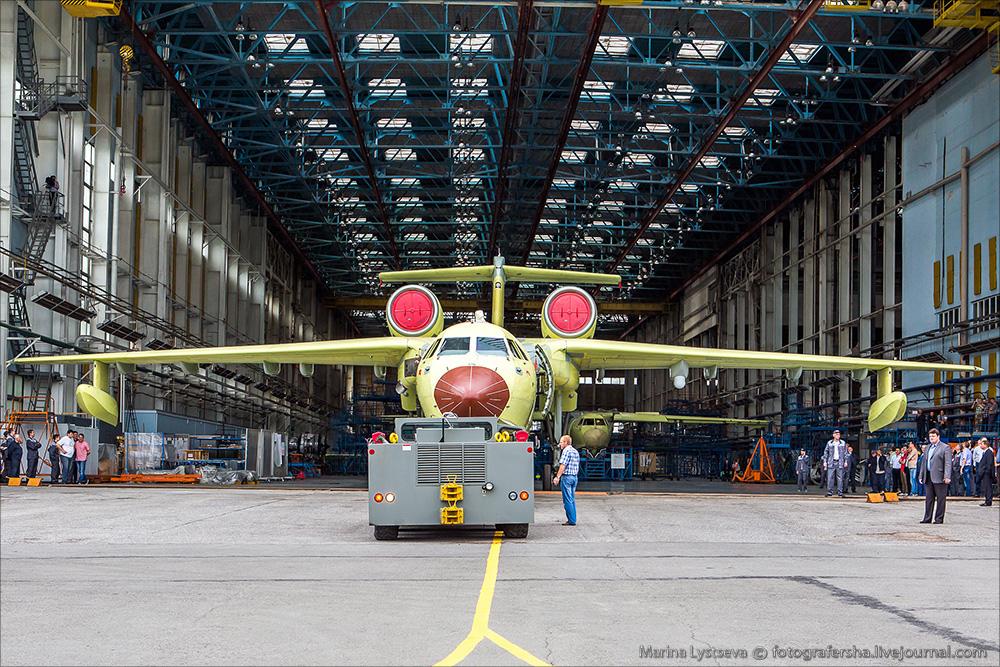Сегодня впервые показали первый модернизированный Бе-200ЧС Be200 21