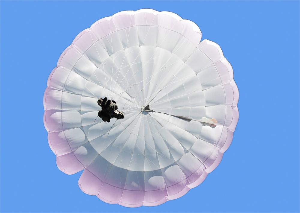 Всем, кто любит парашюты!