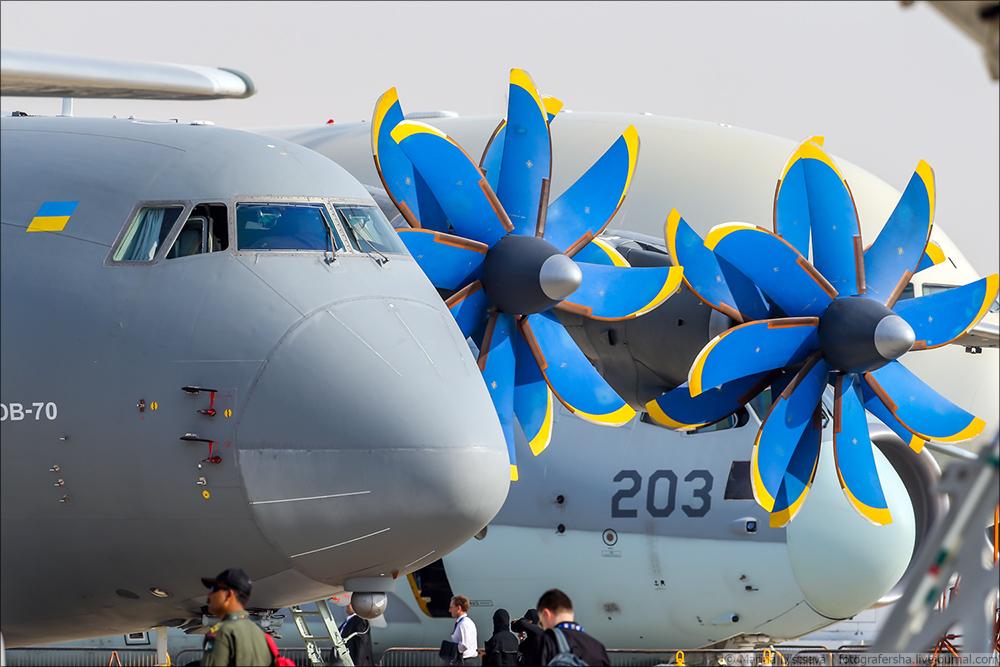 Украинская составляющая на Dubai AirShow-2017 An70_01