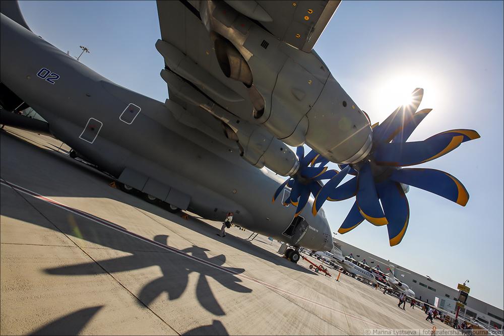 Украинская составляющая на Dubai AirShow-2017 An70_44