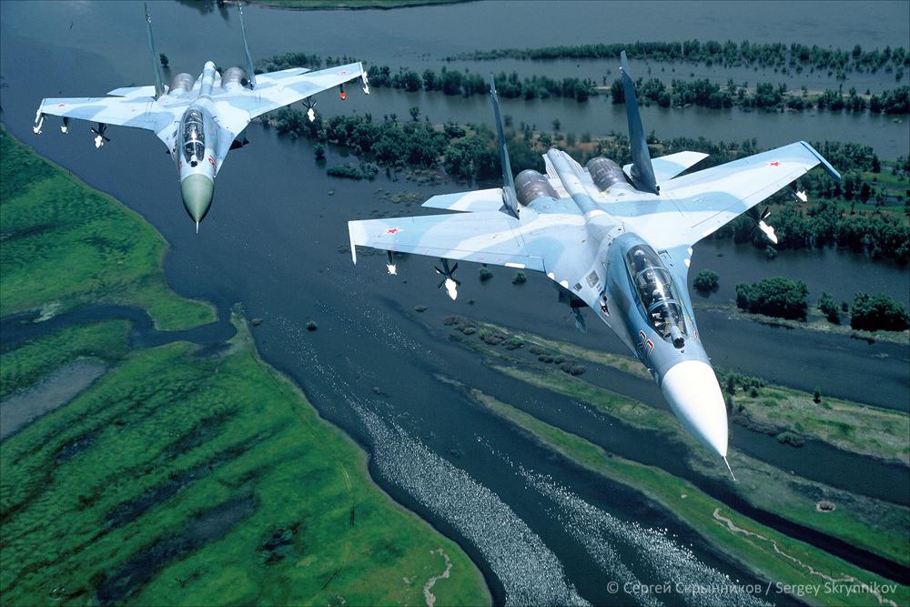 Su-27 F1000021