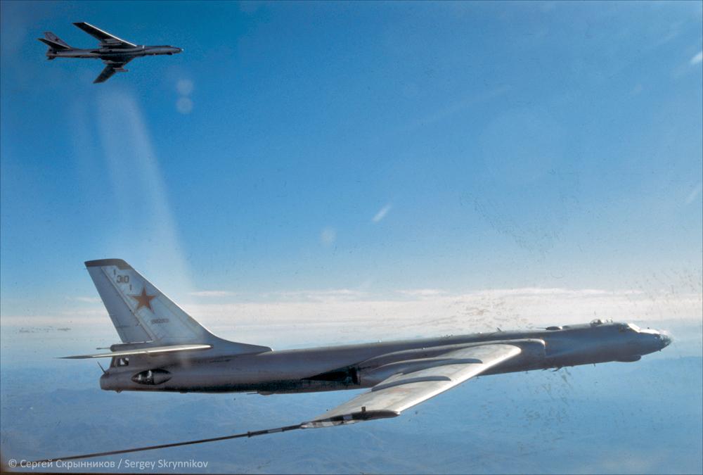 Tu-16 scr0189