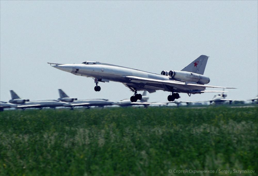 Tu-22 4