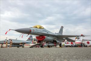 F16 B BIAS 0003