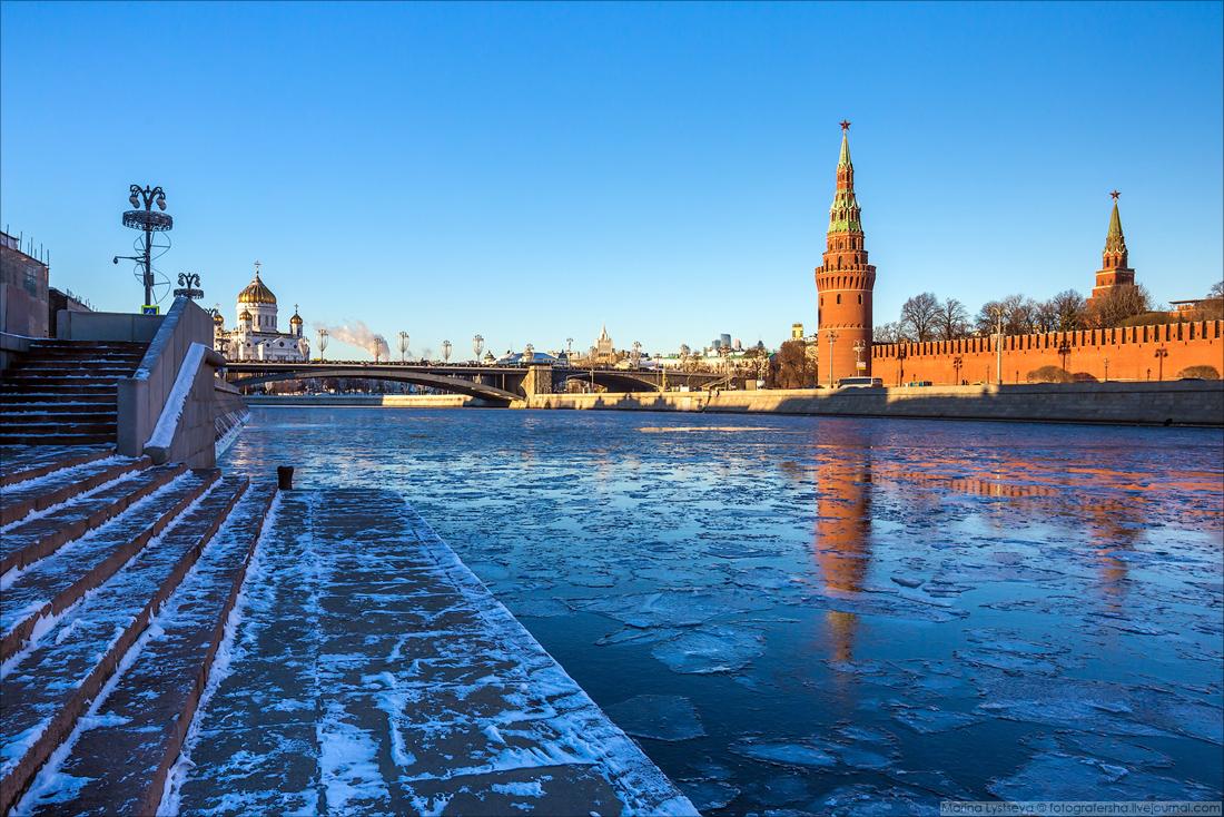Москву сковали льды