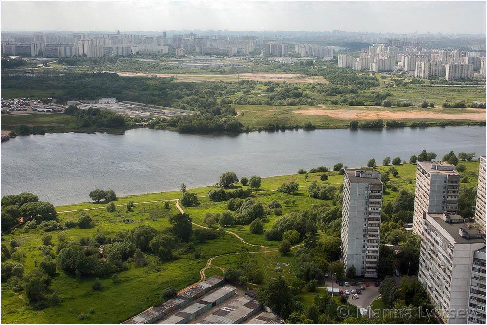 Братеево на том берегу, Капотня и Москва-река