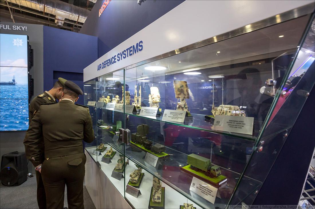 Первая египетская выставка вооружений EDEX-2018 вооружений, выставка, нужно, России, который, техники, очереди, президента, EDEX2018, бардак, частности, выставку, Defence, шаттле, входе, Египет, оказалось, впервые, гдето, компании