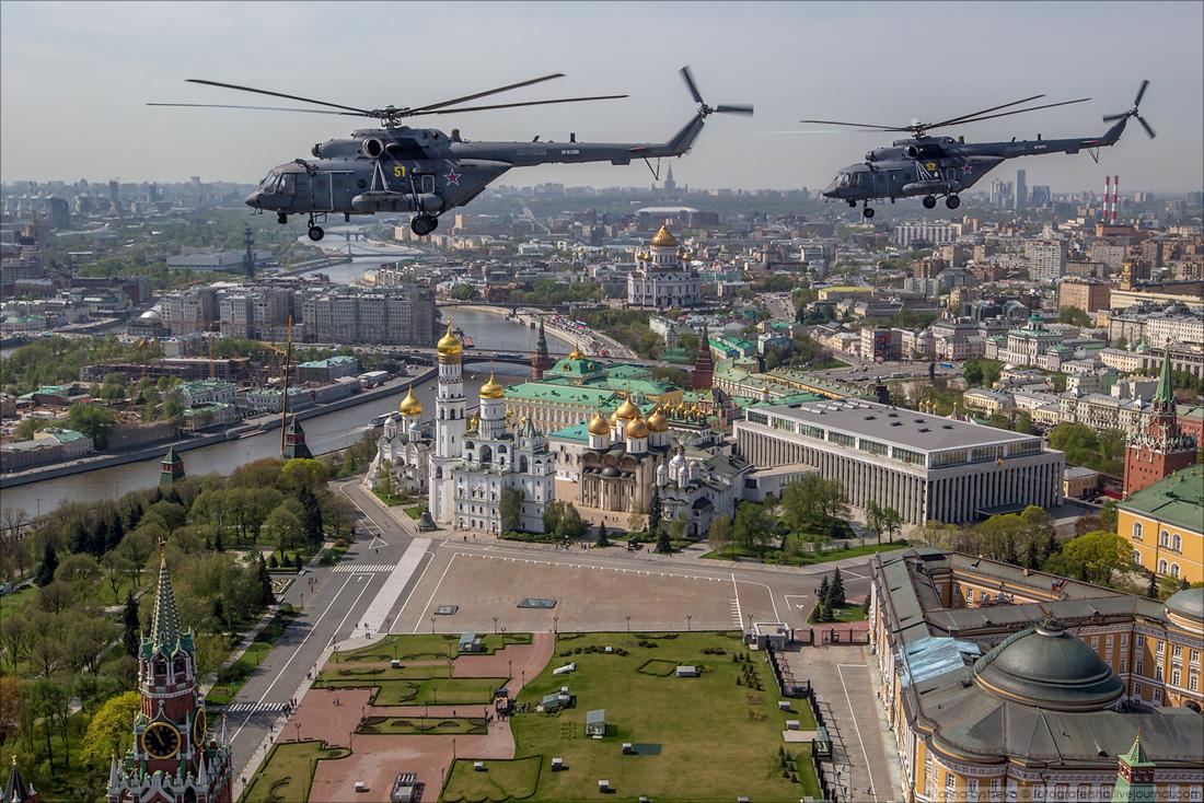 180504 Пролёт авиации над Красной площадью над Кремлем на репетиции парада Победы