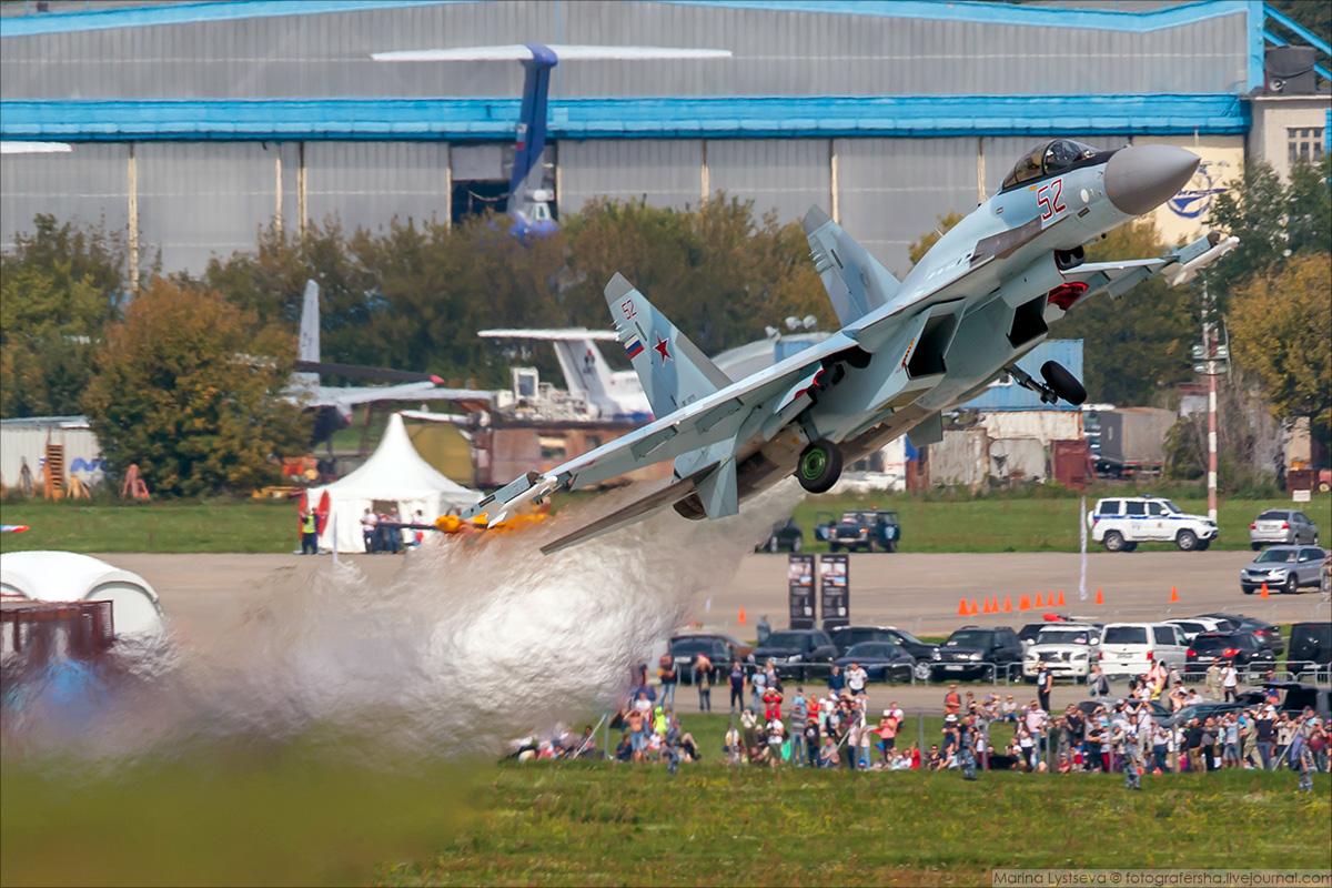 Su-35C_04