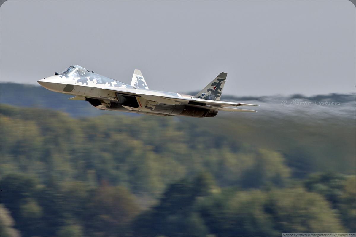 Su-57_02
